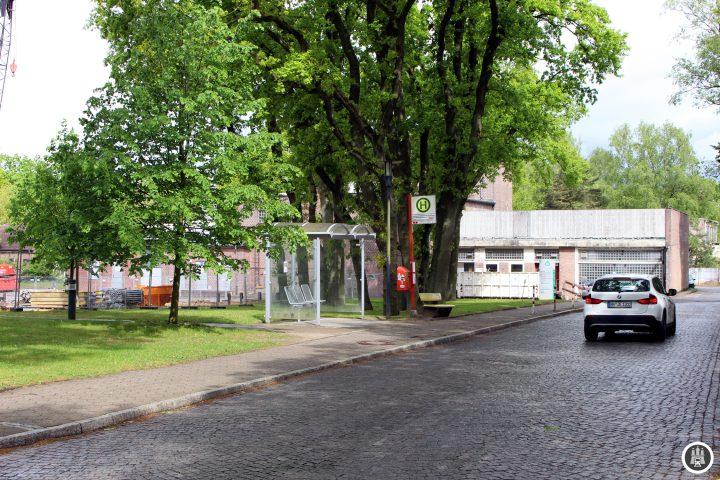 Das Westklinikum ist eingebettet ins Grüne. Teile des weitläufigen Geländes wurden inzwischen im Zuge des Hamburger Wohnungsbaus verkauft.