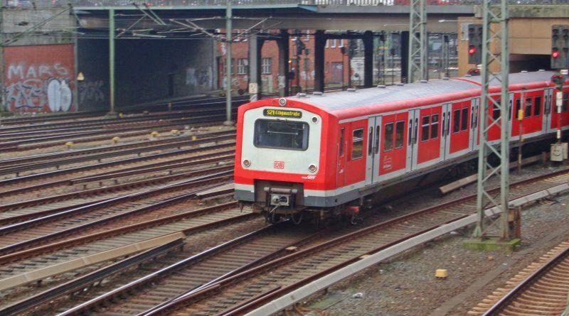 s21-472-hauptbahnhof